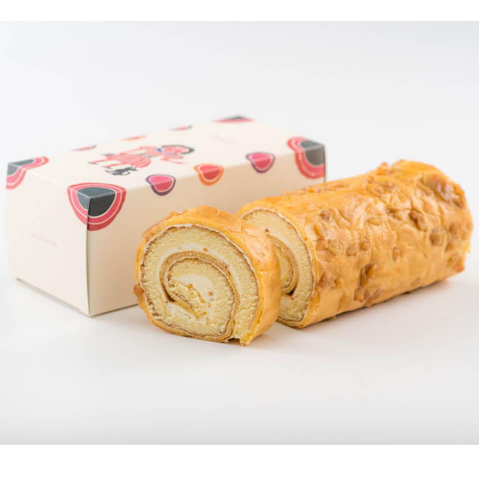 ロールケーキ ナッツロール